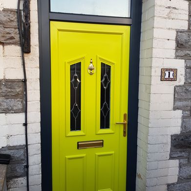 yellow door after spraying